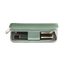 Lederetui Lack TG181 grün für 2 Schreibgeräte Pelikan 973305 Produktbild