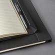 Notizbuch CONCEPTUM Softwave mit Magnetverschluss liniert A4+ 245x315mm 194Seiten schwarz Hardcover SIgel CO142 Produktbild Additional View 5 S